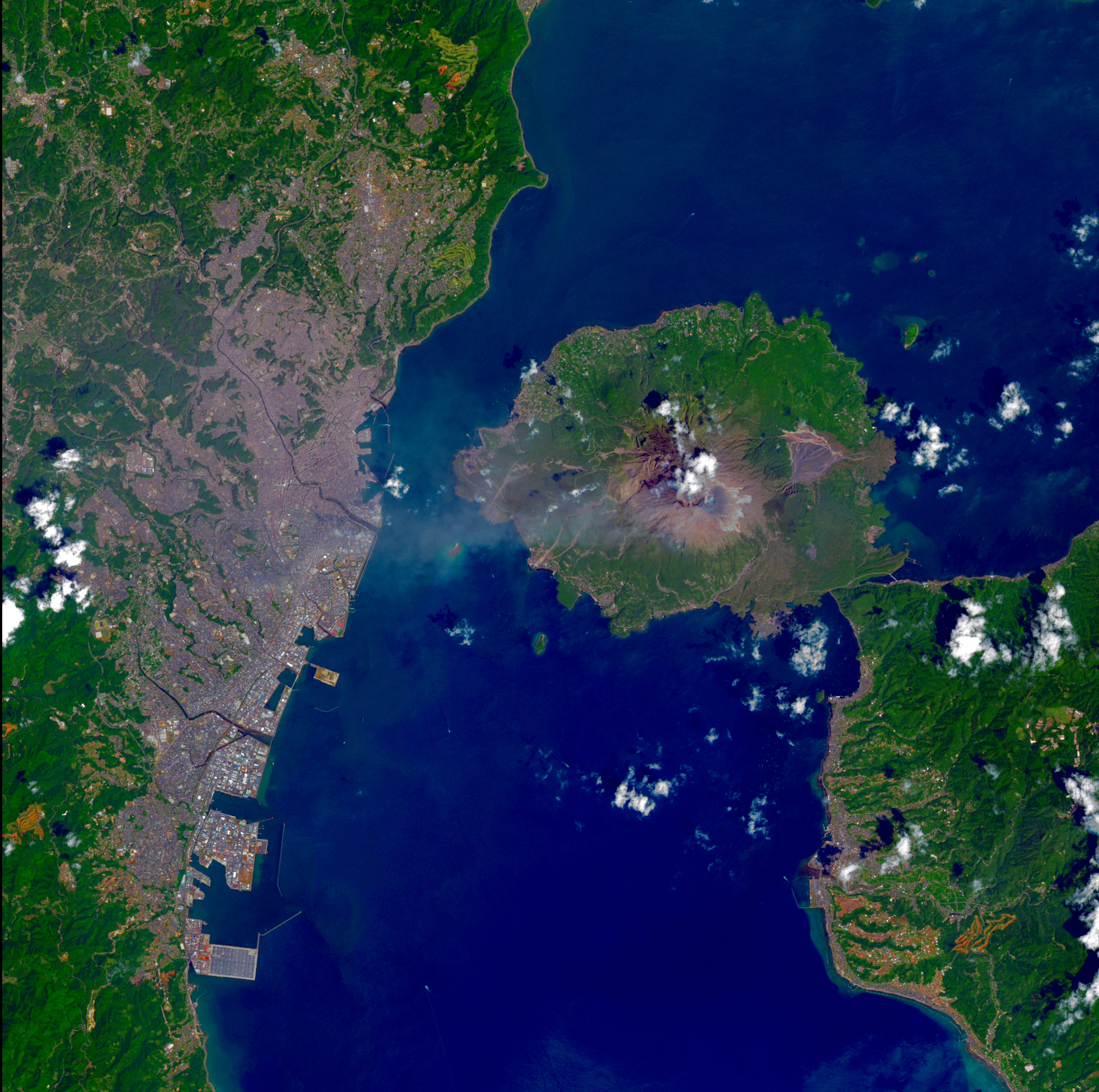 Volcano Eruption  Mt Sakurajima, Japan